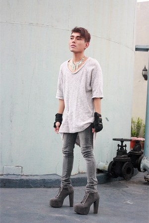 Soule Phenomenon boots - Zara shirt - acne pants