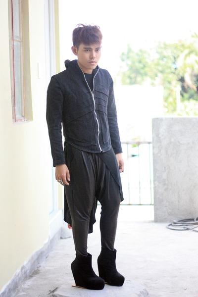 black Soule Phenomenon wedges - black undercover jacket
