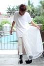 White-paradigm-shift-shirt-black-brian-evalle-boots-white-terranova-pants