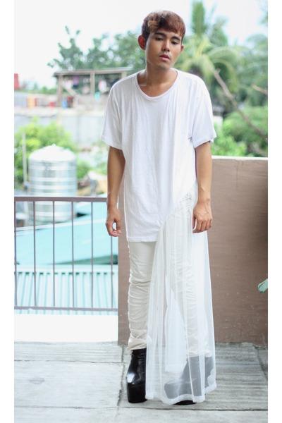 white Paradigm Shift shirt - black brian evalle boots - white Terranova pants