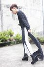 Black-top-black-soule-phenomenon-shoes-black-proudrace-pants