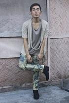 black hope shoes - blue solo jeans - beige blazer - beige Indu Homme shirt