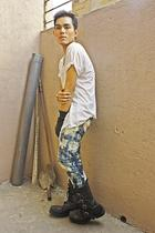 white Hanes t-shirt - blue Mossimo pants - black boots - black