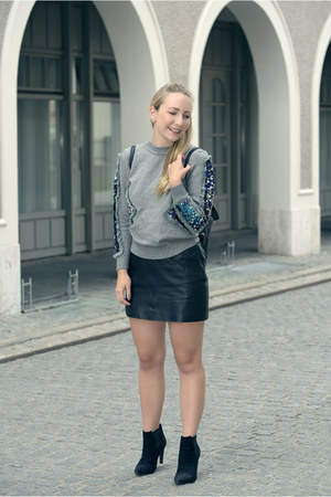 dresslily sweater - Zara skirt - Bruno Premi heels