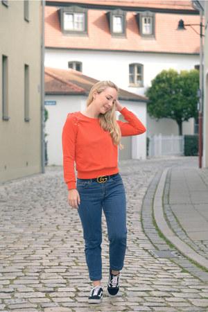 Bershka jeans - Newchic sweater - Gucci belt - Vans sneakers