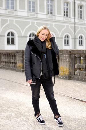 Zara jeans - Zara jacket - Vans sneakers