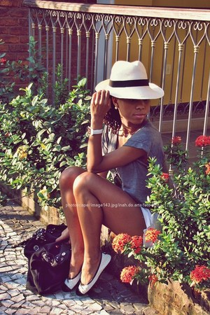 ivory Imporium shoes - white Panama hat - charcoal gray Mercatto shirt - black M