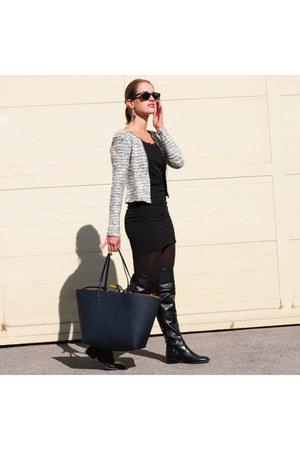 black overknees Tamaris boots - white H&M blazer - navy Zara bag