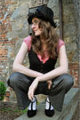 Black-vintage-hat-red-h-m-shirt-gray-river-island-pants-gold-vintage-acces