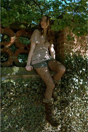 purple modcloth dress - brown Bongo shoes - brown Worthington tights - gray thri