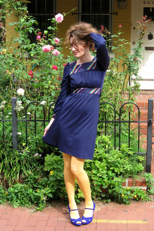 dress - HUE tights - Marc Fisher shoes