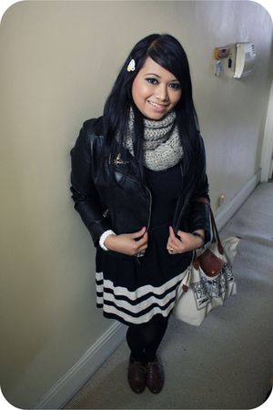 black Forever 21 dress - gray H&M scarf - black Primark jacket - brown Primark s