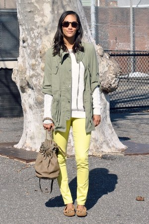 get my look Mink Pink jacket - Minnetonka shoes