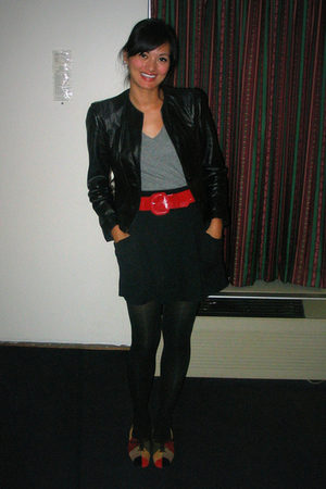 Berhams Leather jacket - American Apparel skirt - savers belt - naturalizer shoe