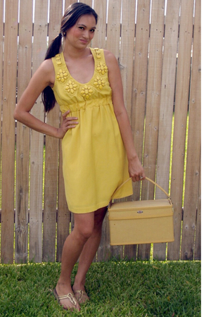 Karta dress - Macys shoes - Samsonite accessories