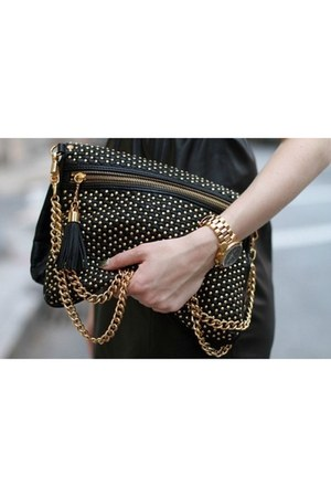black bag - gold bag