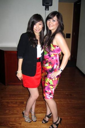 moms blazer - Topshop top - tailored skirt - Topshop bracelet - moms necklace -