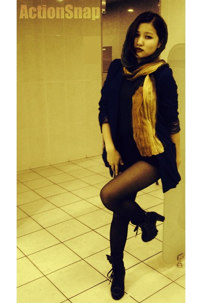 black DKNY boots - navy Zara blazer - gold Zara scarf