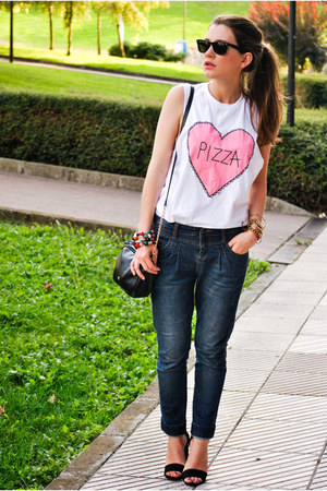 Stradivarius shoes - BLANCO jeans - YATT t-shirt