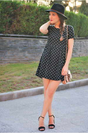 Primark hat - H&M dress - Primark bag - Stradivarius heels