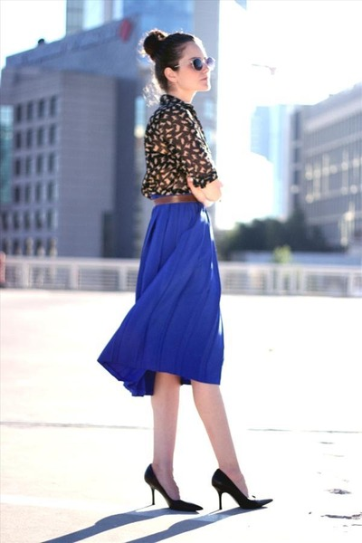 blue vintage skirt - camel fashion Zara blouse