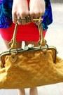 Gold-bestfinds-thriftshop-shoes-hot-pink-bestfinds-thriftshop-dress