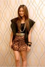 Brown-wagw-shorts-gold-das-shoes-black-bayo-top-black-wagw-vest
