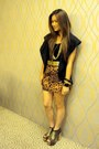 Gold-das-shoes-brown-wagw-shorts-black-bayo-top-black-wagw-vest