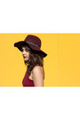 Crimson-charlotte-russe-dress-crimson-h-m-hat