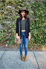 Tan-isabel-marant-boots-navy-madewell-jeans-brown-urban-outfitters-hat