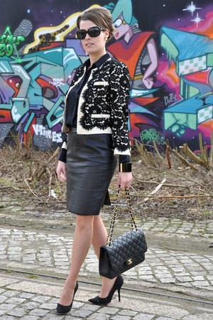 white moschino jacket - black Chanel bag - black Zara blouse - black Zara skirt