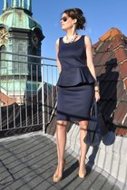 navy GINA TRICOT dress - navy Giorgio Armani bag - crimson Ray Ban sunglasses