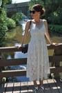 Off-white-h-m-trend-dress-black-chanel-bag-silver-zara-heels