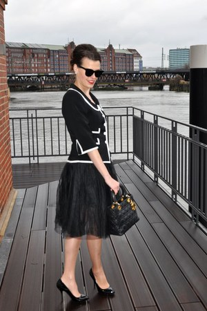 black no name blazer - black dior bag - black zugeschnürt skirt