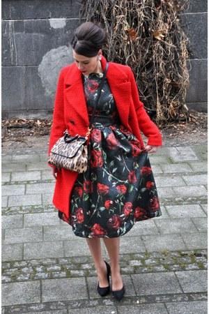red GINA TRICOT jacket - orange Docle & Gabbana bag