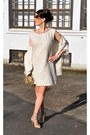 Beige-tuzzi-dress-beige-tuzzi-blazer-gold-chanel-bag