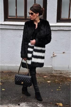 black Varese boots - black Oakwood leggings - black Chanel bag