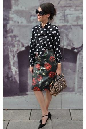 black zugeschnürrt sunglasses - orange Dolce & Gabbana bag