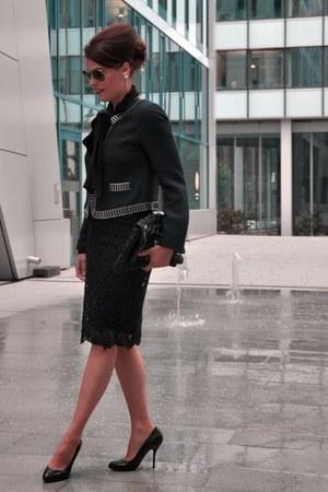 navy Steffen Schraut jacket - black Chanel sunglasses - navy Zara skirt