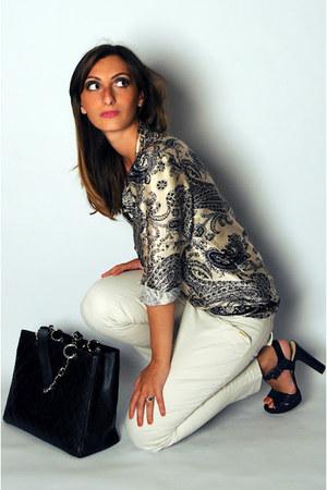 Camiceria Baldini blouse - Chanel bag - Betty Blue pants - spighi heels