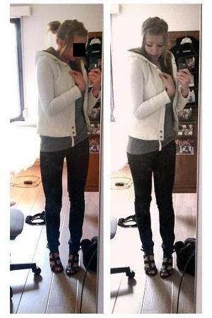 I think I'm too big for heels