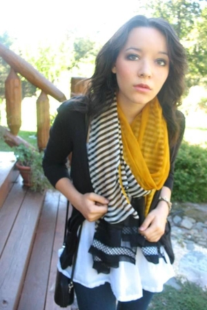 handmade scarf - American Eagle sweater - vintage shirt - purse