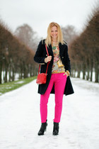 red bag - hot pink fuchsia pants