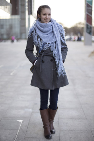 sky blue Zara scarf
