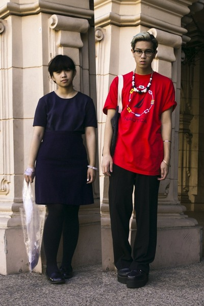 red Nautica t-shirt - navy H&M shirt - black H&M necklace - navy skirt