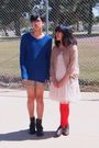 Red-sock-theory-tights-blue-h-m-sweater-white-forever-21-black-boots-bei