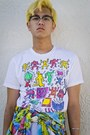 Red-hat-white-keith-haring-shirt-sky-blue-shirt