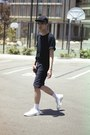 Black-oversized-american-apparel-t-shirt-white-shoes