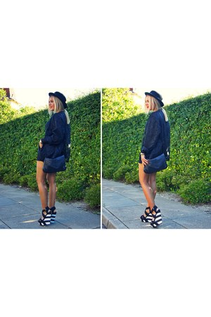 wedges - hat - bag