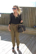 black H&M shirt - green Zara pants - black Zara Woman shoes - brown Marc Jacobs